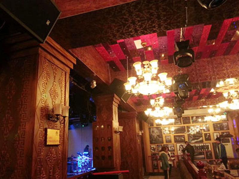山东聊城爵色酒吧